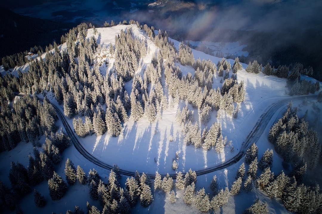 The early bird catches the beautiful light. : @djiglobal #phantom4pro  #aerial #drone #dronestagram #airvuz #djiphantom4 #visitsalzburg #salzburgerland #visitaustria #winterwonderland #winter #snow #dronepics #dronepointofview #dronefly