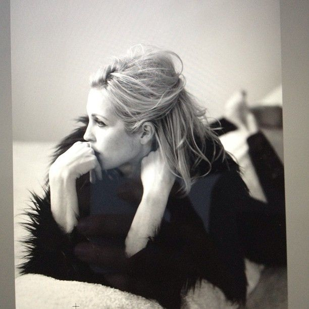 Coool Kelly Rutherford <3
