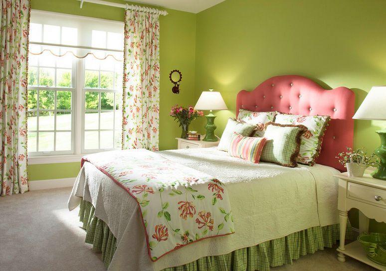 Decorating A Mint Green Bedroom: Ideas & Inspiration | Green ...