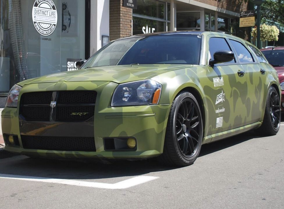 Great Wrap On This Srt Magnum By Axiom Graphics Material Used 3m
