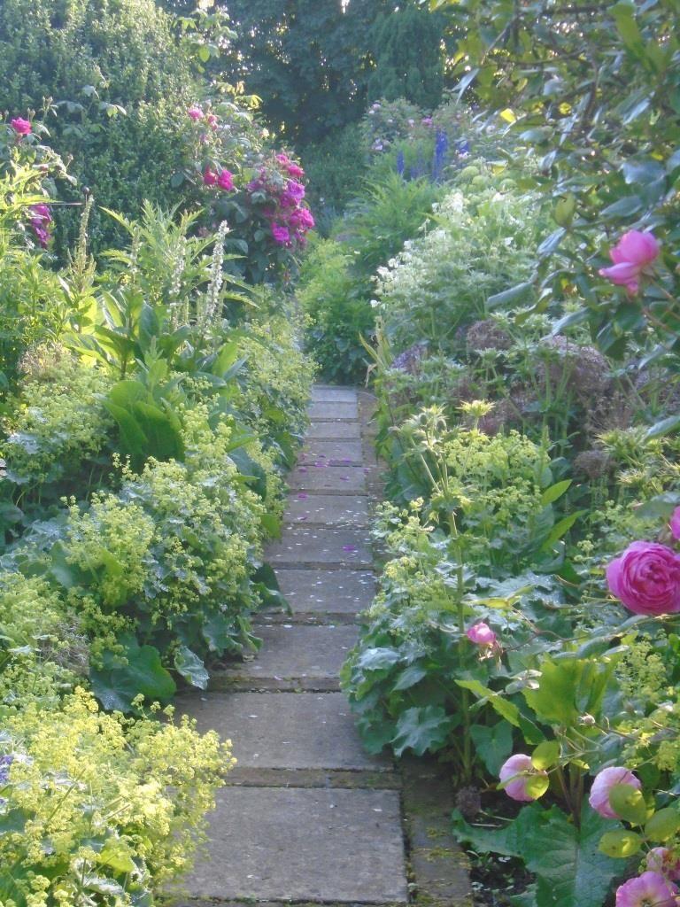 Visit A Garden In Your Area National Garden Scheme Small English Garden English Garden English Cottage Garden