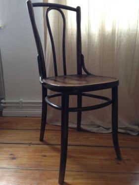 2 Thonet Bugholz Stuhle Kaffeehaus Gebrauchte Mobel Kaufen