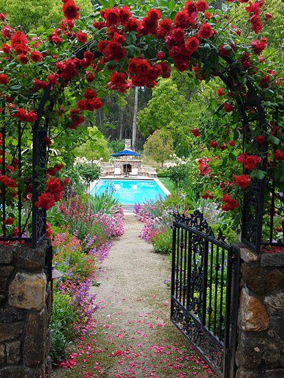 Theme Gardens | Estates | Michael Bates   English Country Garden Design,  Inc.