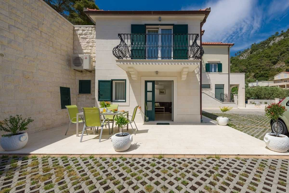 Villa Mendula Villas for Rent in Benkovac, Zadar County