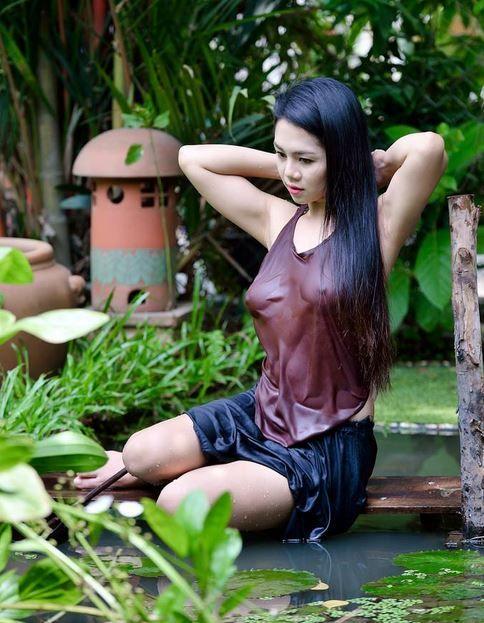 Em gai vietnamese massage cho tay - 2 part 8