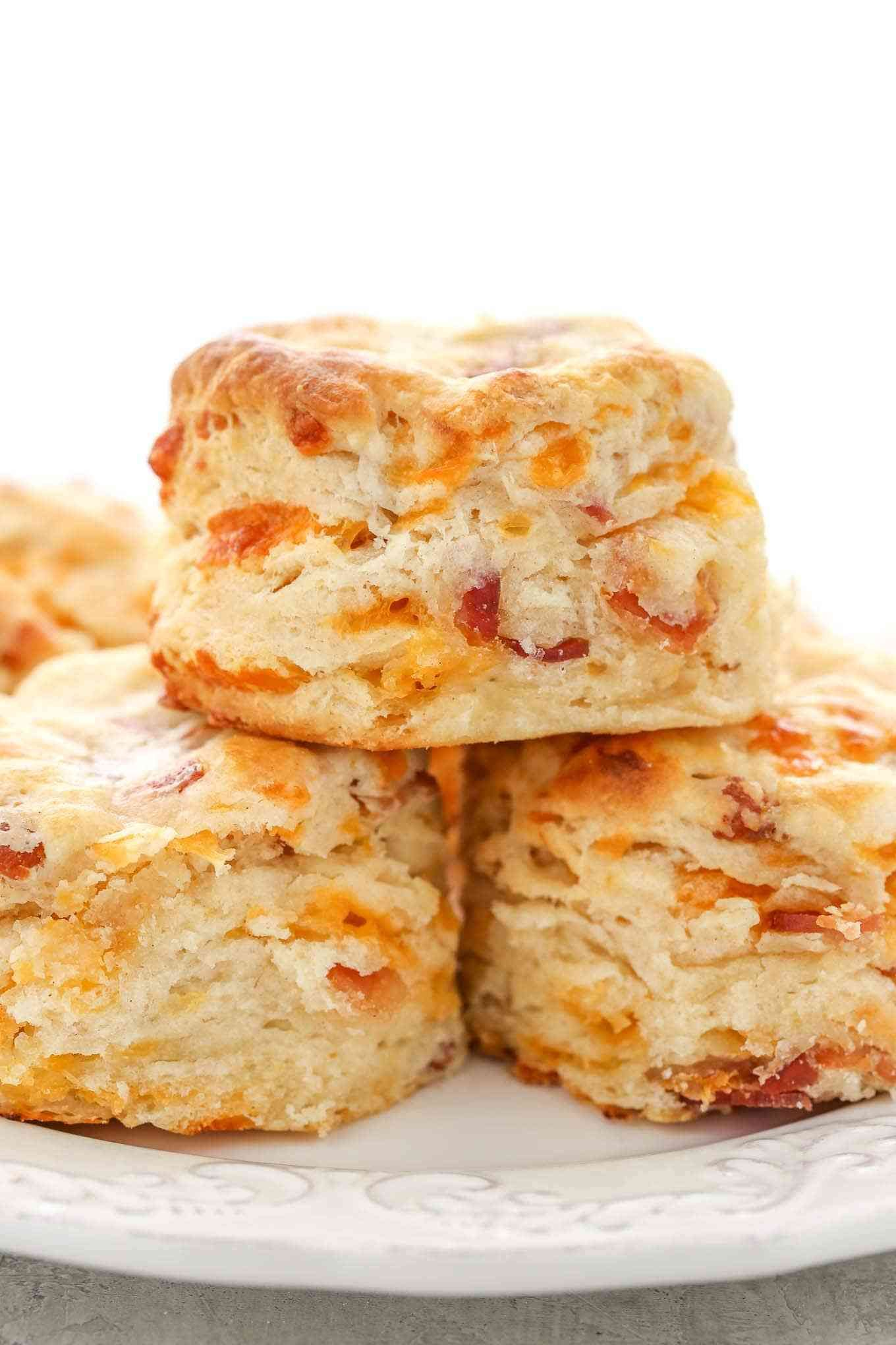 Soft Tall Buttery And Flaky Buttermilk Biscuits Filled With Cheddar Cheese And Bacon These Bacon Cheddar Bisc Biscuit Recipe Cheddar Biscuits Bacon Cheddar