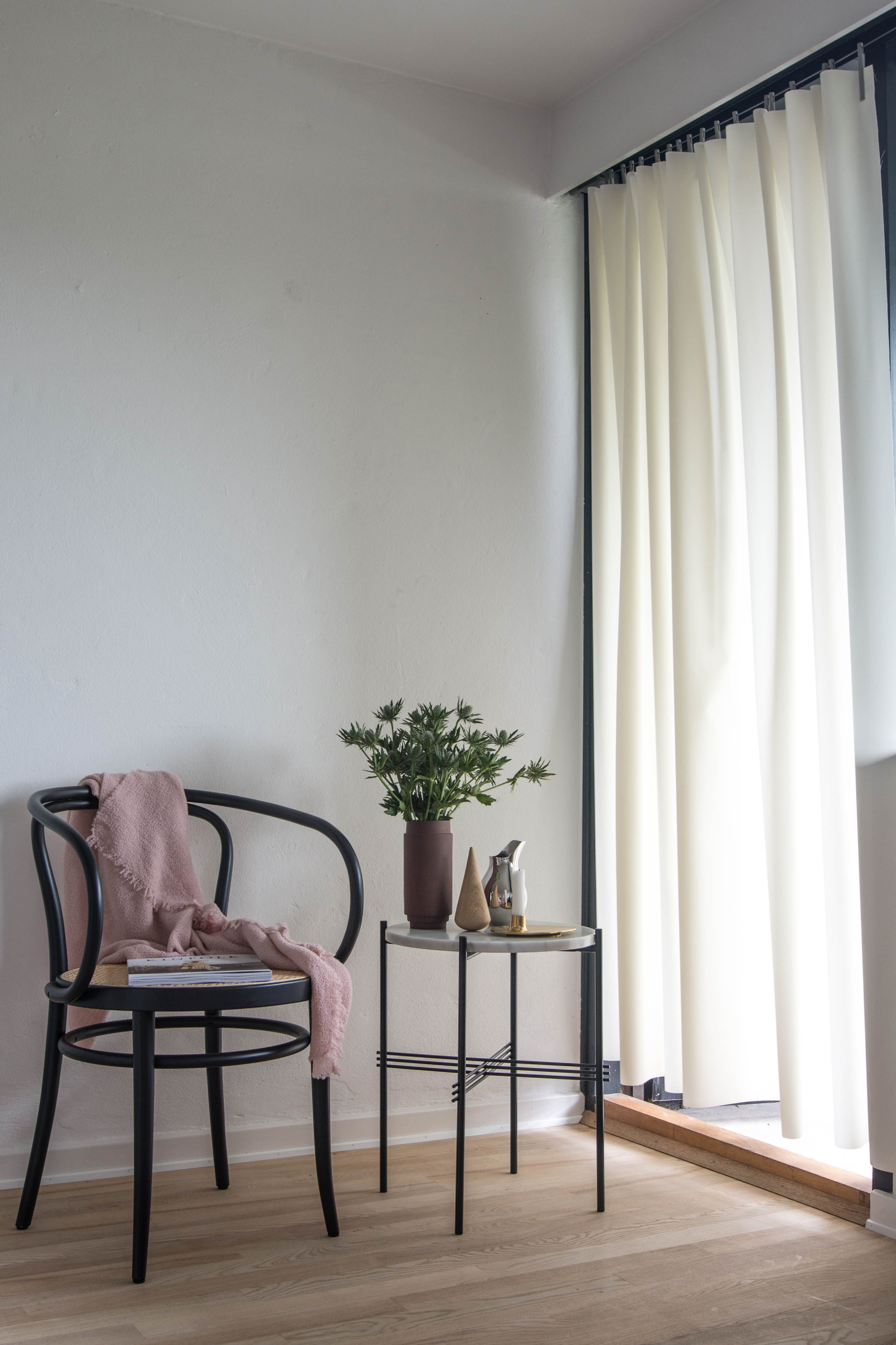 Ready Made Curtain styled by Marianne Jacobsen   _イメージ写真 ...