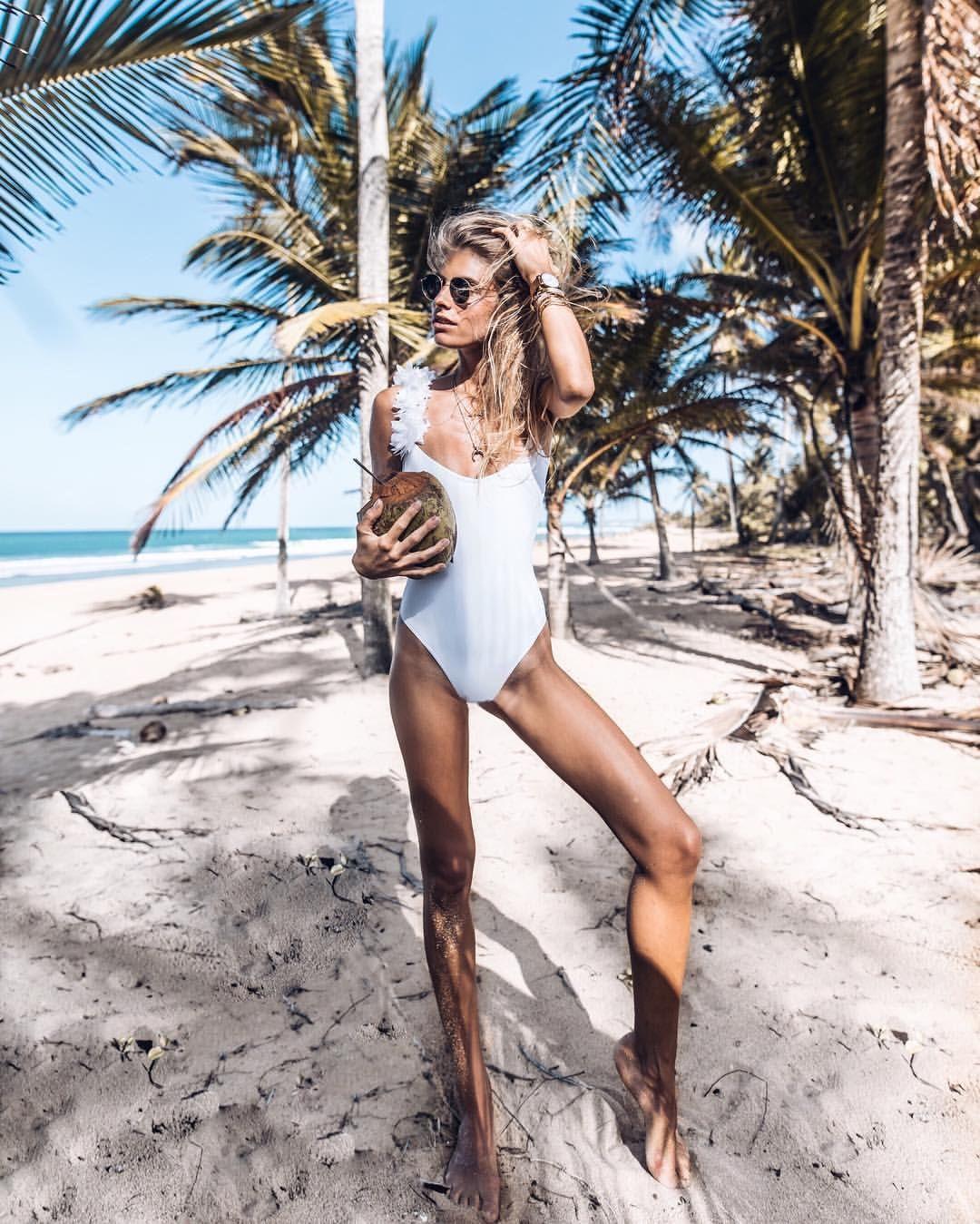Fotos Chloe Holmes nude photos 2019