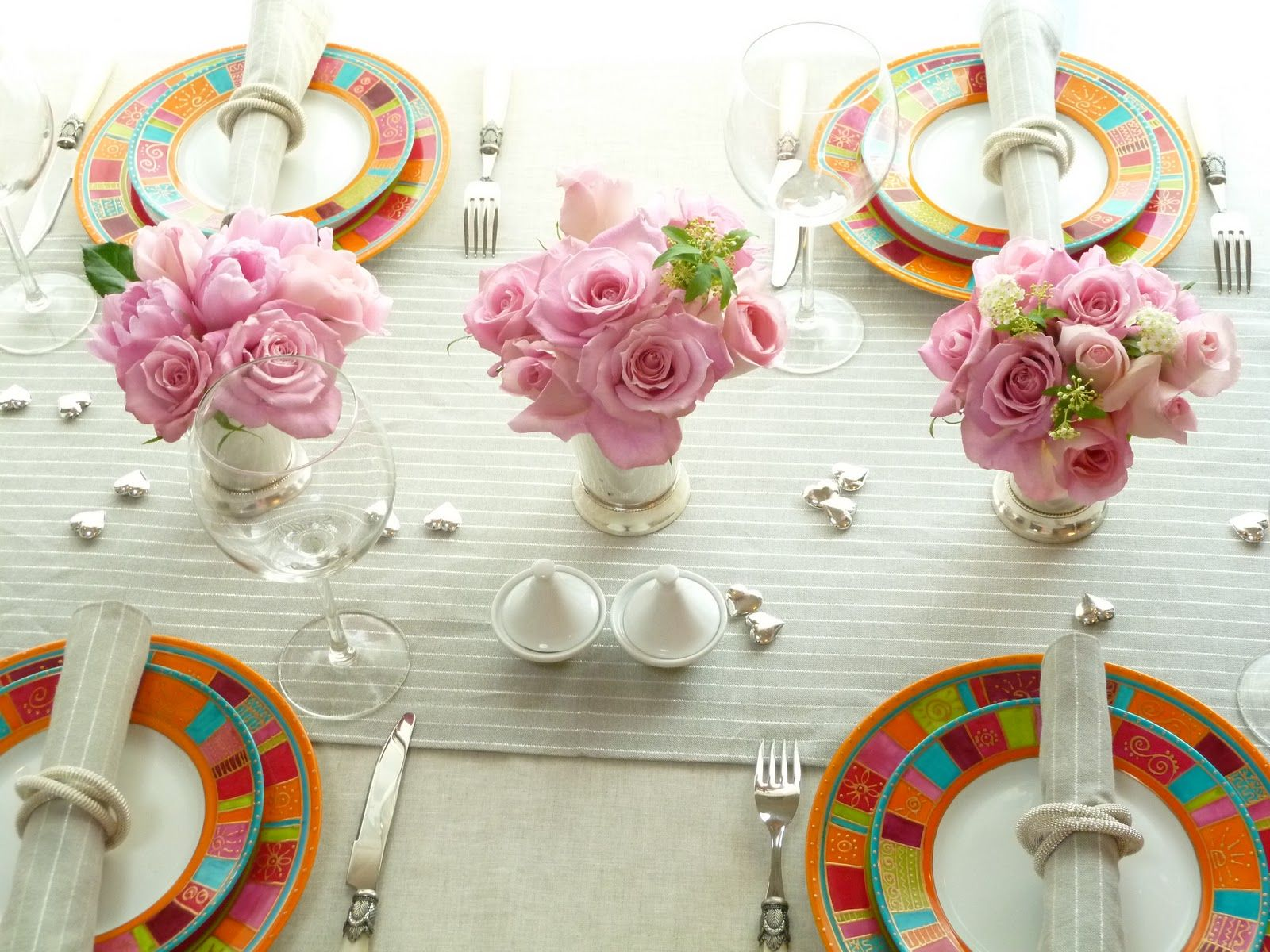 Spring Table Decorations scroll down to see the rest of the spring table decorating ideas