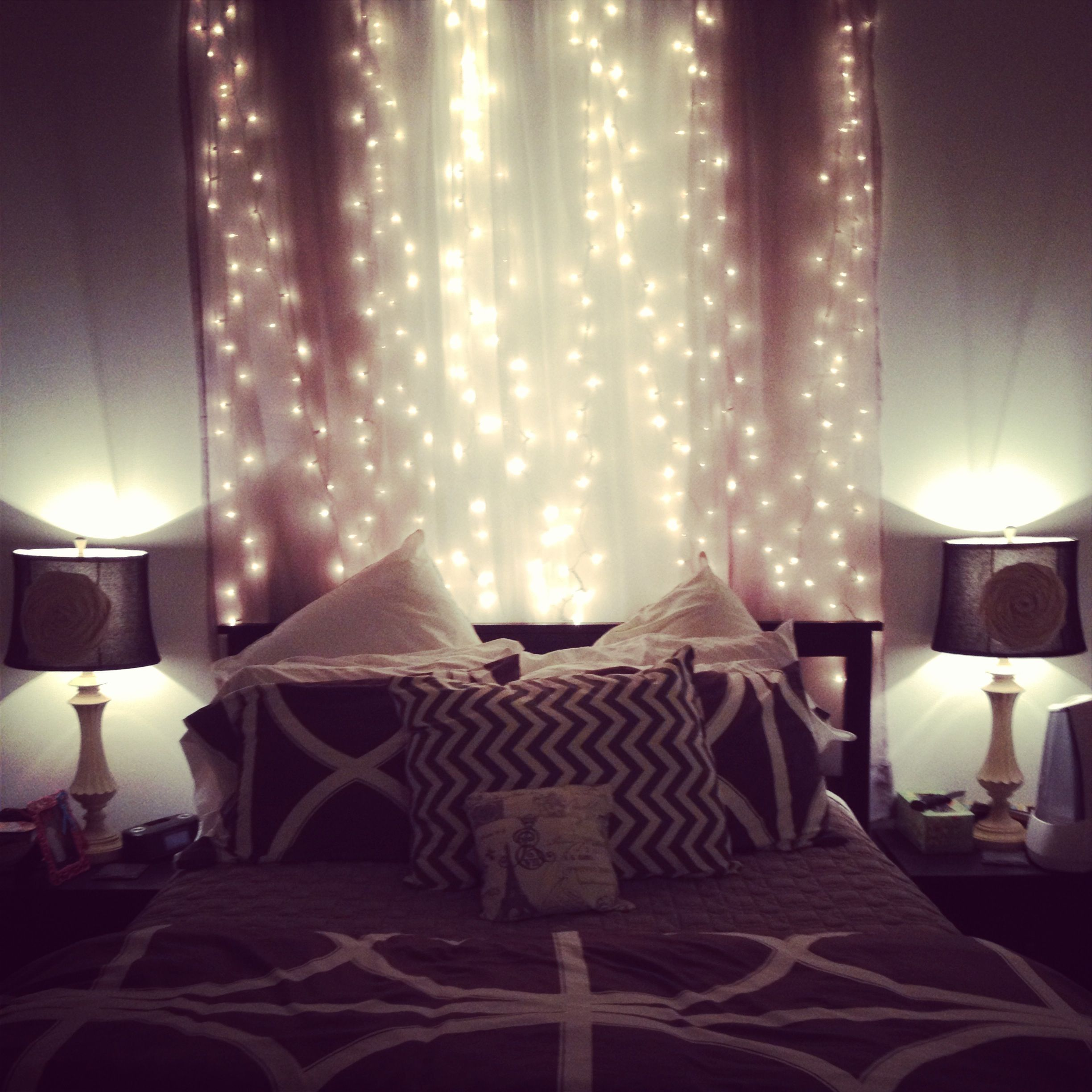 Fairy lights in the bedroom bedroom ideas pinterest for Room decor with fairy lights
