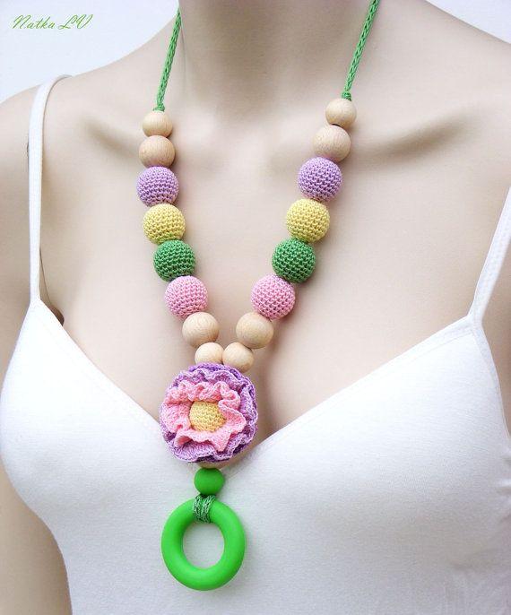 Nursing Necklace With Silicone Ring Flower Teething Necklace Etsy Collar De Dentición Collares Con Pompones Collar De Ganchillo