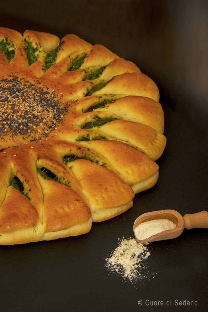 Torta Girasole Bread bun, Bread, Food