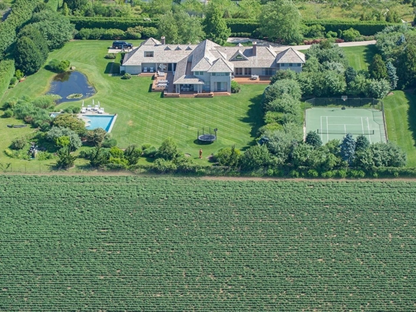 What's included in a new Sagaponack estate asking $16M? - Curbed Hamptons