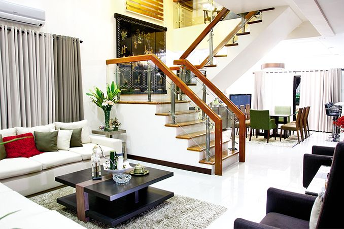 Doug And Chesca Kramers Three Storey House With A Modern Contemporary Style