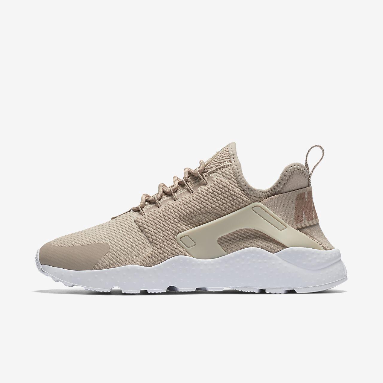 san francisco a3d64 54ff1 Nike Air Huarache Ultra Women s Shoe - 11.5