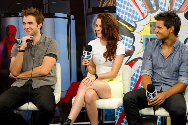"""Robert Pattinson, Kristen Stewart and Taylor Lautner during """"MTV News' Comic-Con Takeover: 'Breaking Dawn' Special"""""""