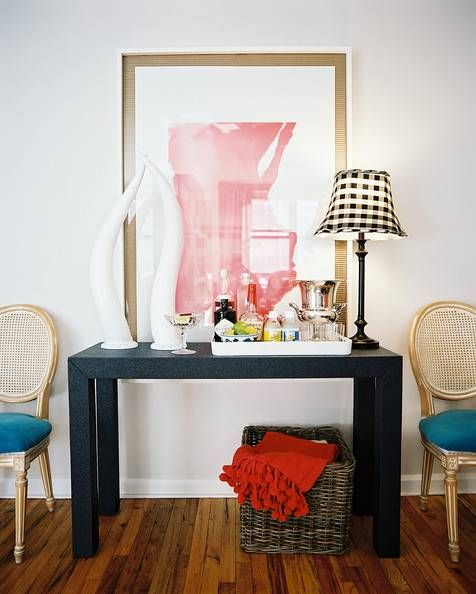 12 Modern Ways to Decorate With Gingham: Add an Accent