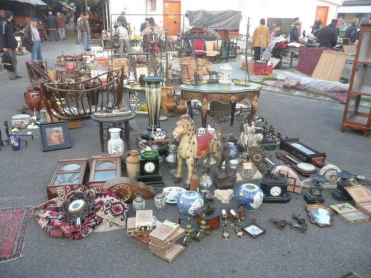 In our latest compilation, we introduce 11 Budapestian flea markets and secondhand shops where you can practice your haggling skills and buy treasures that some consider...