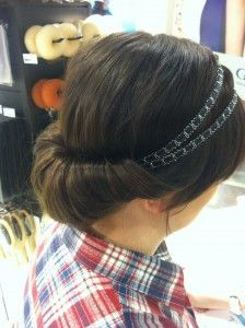This is my favorite hairdo! Learn how to do this gorgeous chignon bun in our finnish blog http://glitter.fi/2013/05/18/bad-hair-day/ #chignon #bun #headband #hairband #hair