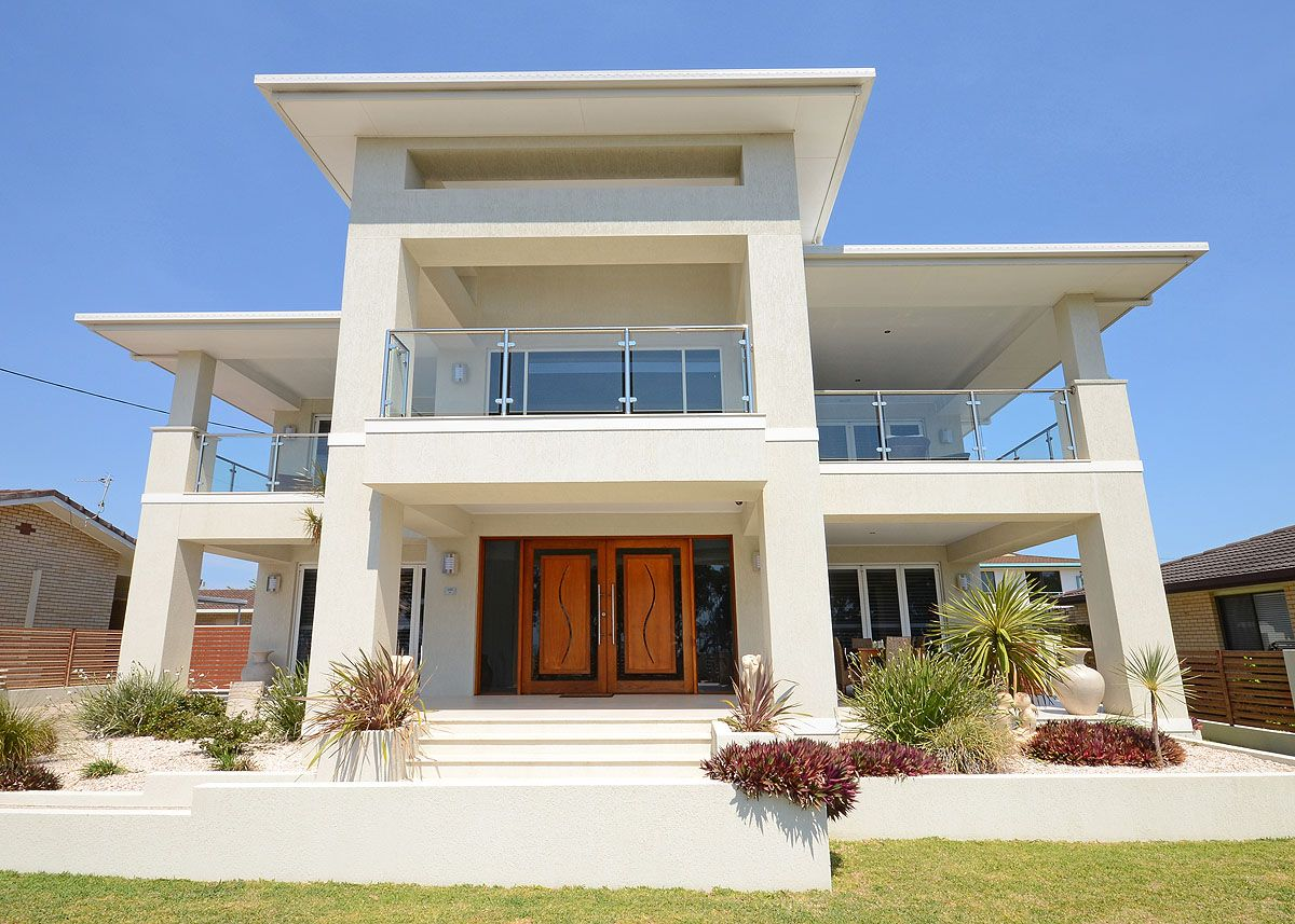 Hervey Bay Queensland Australia Single Family Home For Sale - Stunning Beachfront Home ...