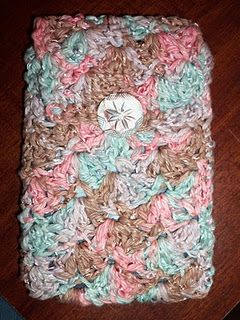 Crochet - kindle cover from Adventures in Yarny Goodness