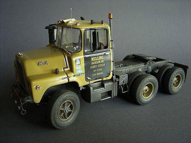 Mack Dm 600 Model Cars Model Truck Kits Mack Trucks
