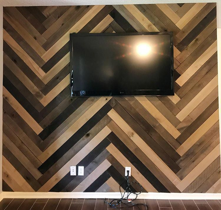 Renting A Pallet Accent Wall: How To Install A Barn Wood Accent Wall In Herringbone