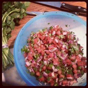 perfect pico de gallo for any upcoming superbowl parties! www.treasureandheart.com