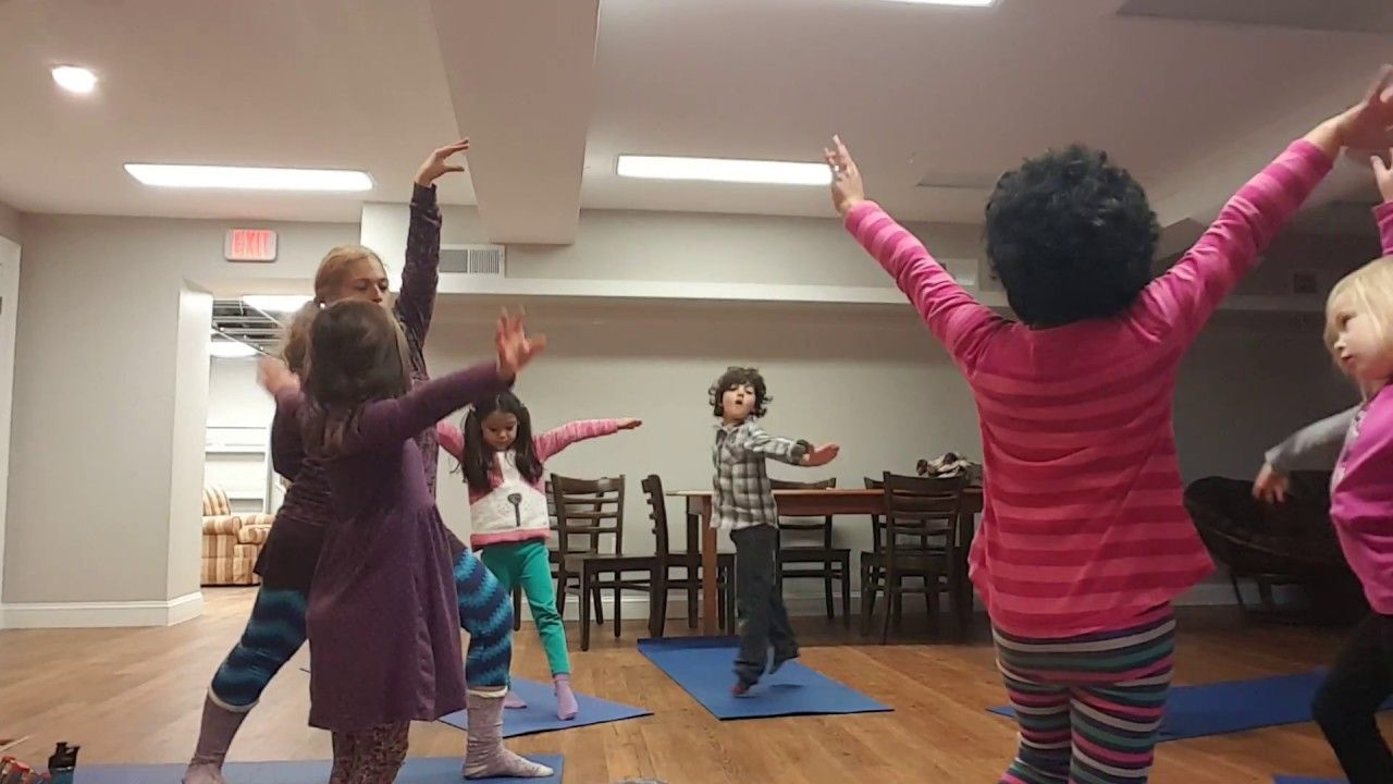 Join This Group Of Kids Led By Lani Of Full Of Joy Yoga As They Breathe Like A Dinosaur Dinosaur Yoga Is A Favorite For Kids Of All Ages But Mostly Preschoole