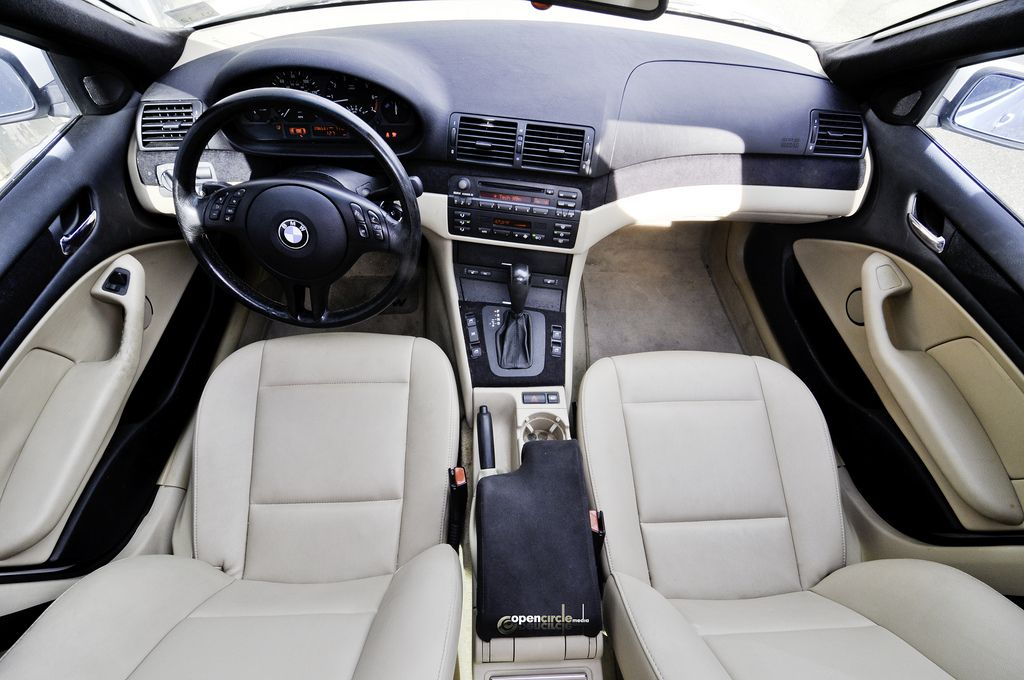 Pin By Richard Ha On Bmw Interiors Bmw Interior Bmw Convertible