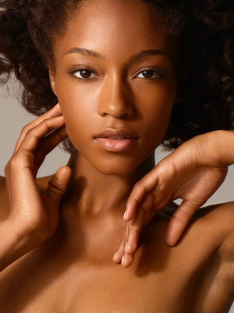 Camille,  Gwen's BFF, was the exotic, African American yin to Tracy's girl next door yang.  (Yaya DaCosta)