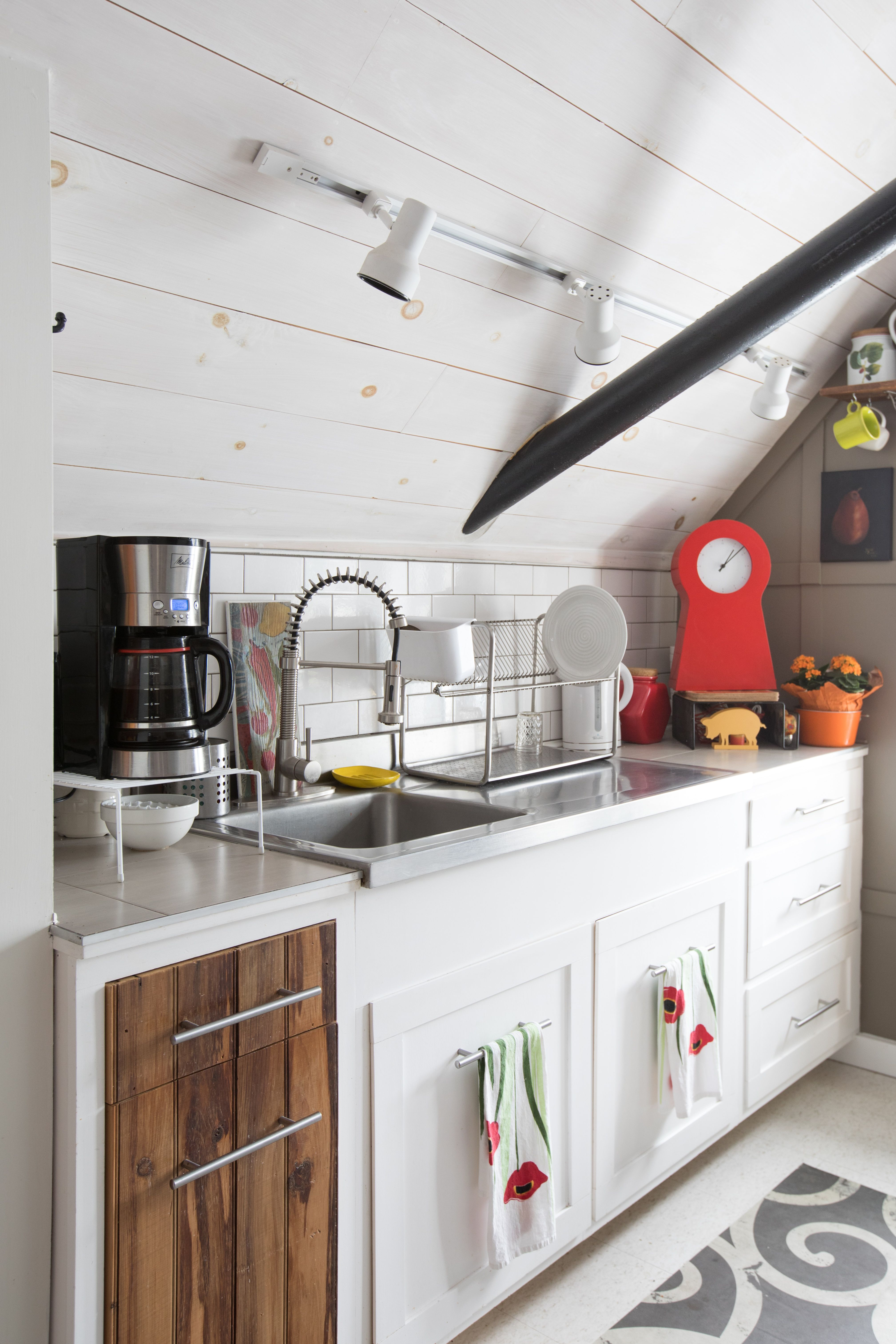 Remodelers Agree on the Best Color for Kitchen Cabinets | Kitchens ...