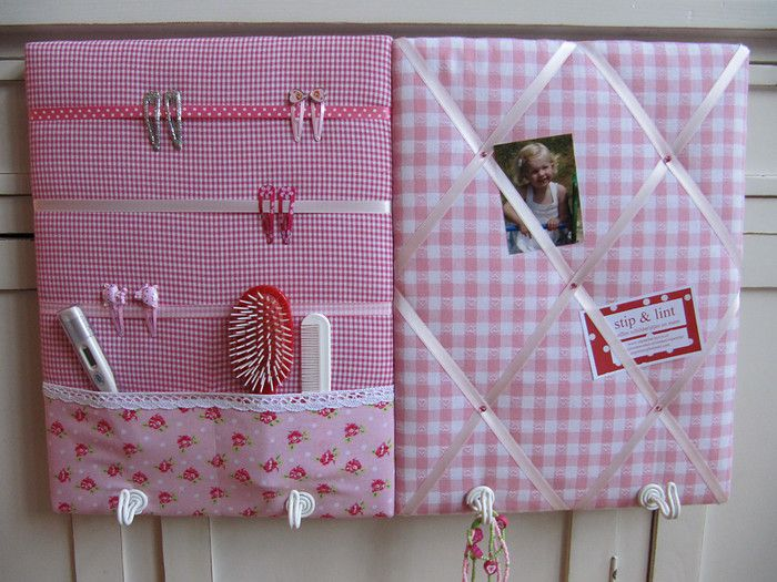 Memo board and hair clip holder for girls