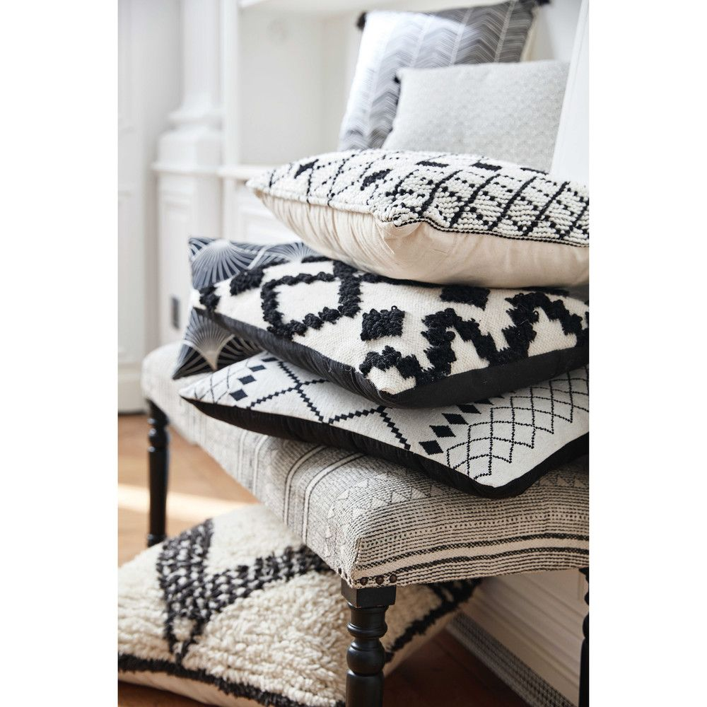 White cotton cushion with black motifs x cm pillows