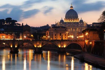 St_Peter_and_Tiber_at_Night.24810951_std.jpg (400×267)