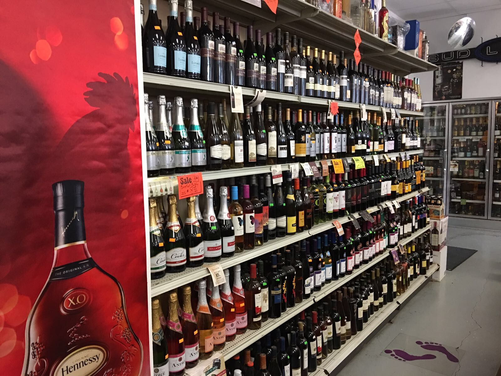 Pin By Umit Ister Head Of Commercial Division At Stratton Davis Realty On Business Opportunities Liquor Store Grocery Store Convenience Store