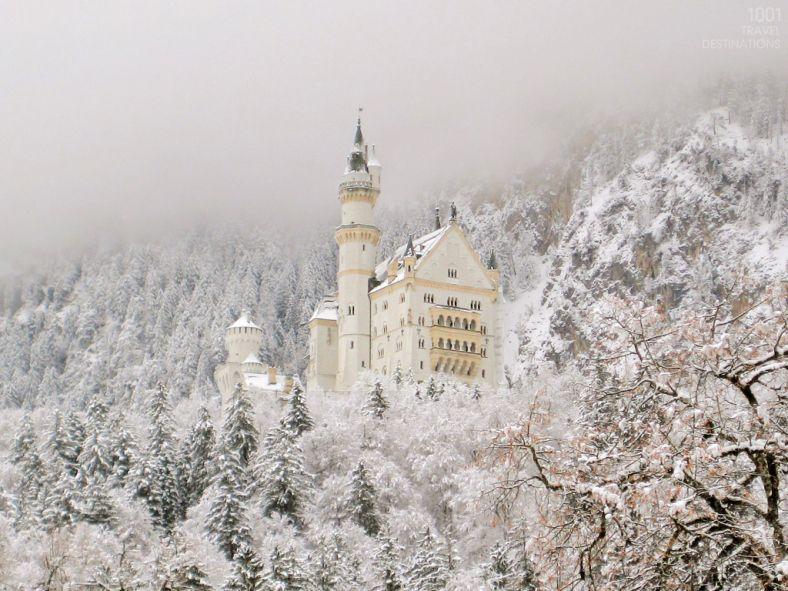 1001-travel-destinations-Neuschwanstein_Castle_Germany-winter-snow-1