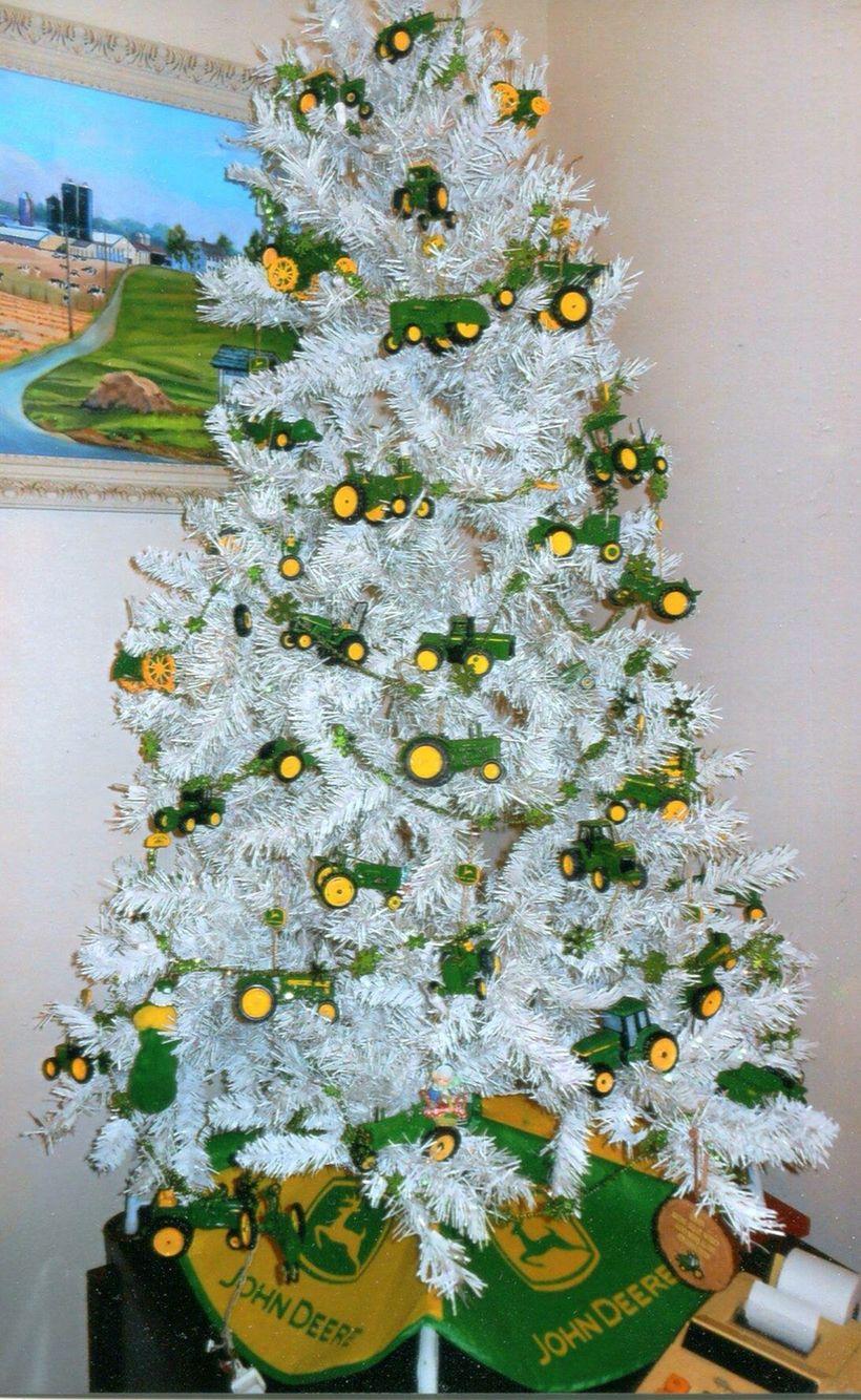 John Deere Christmas tree... Perfect for little boys room | Little ...