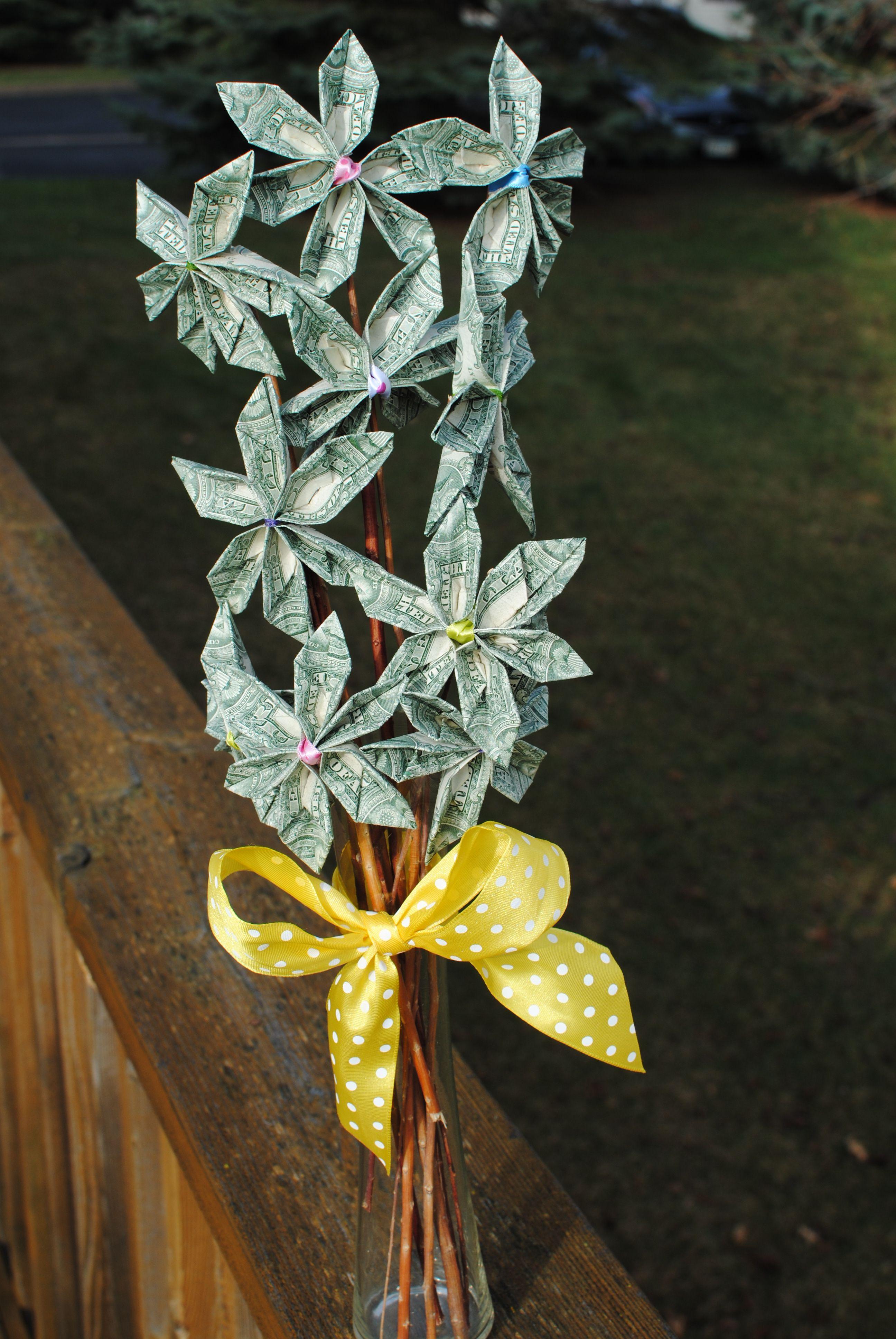 Dollar Bill Flower Bouquet. | Deviceful Dollars ... - photo#47
