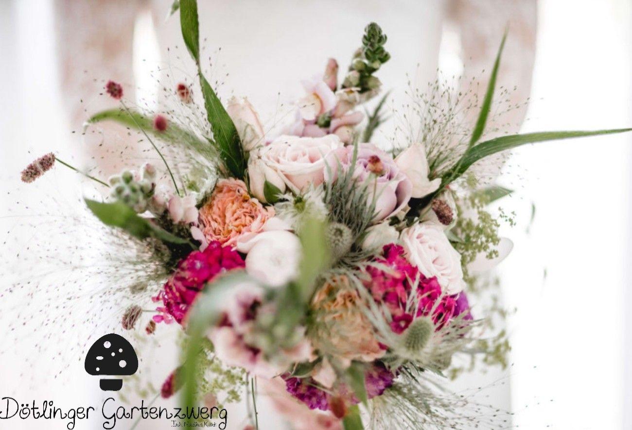 Traumhafter Vintage Wiesenbrautstrauss Blumen Juni Hochzeit Blumenstrauss Hochzeit Herbstliche Hochzeitsblumen
