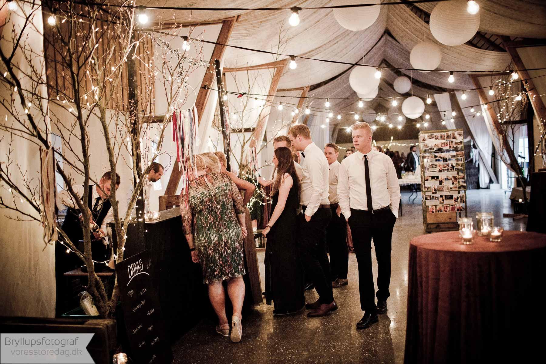 d987647a8017 Som fotograf til bryllup kan man komme ud for alt muligt. Her får du  inspiration