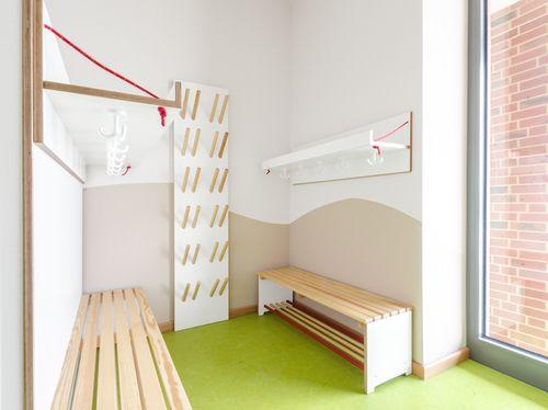 Mjuka kita am lohsepark garderoben kindergarten for Raumgestaltung tagesmutter
