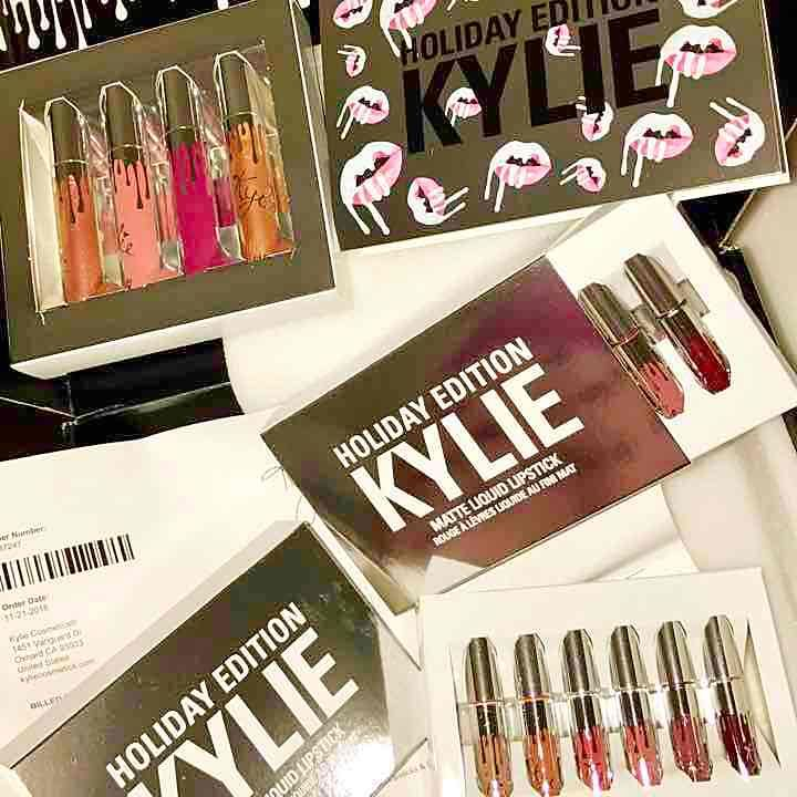 Kylie Holiday Mini Matte Kit - Mercari: Anyone can buy & sell