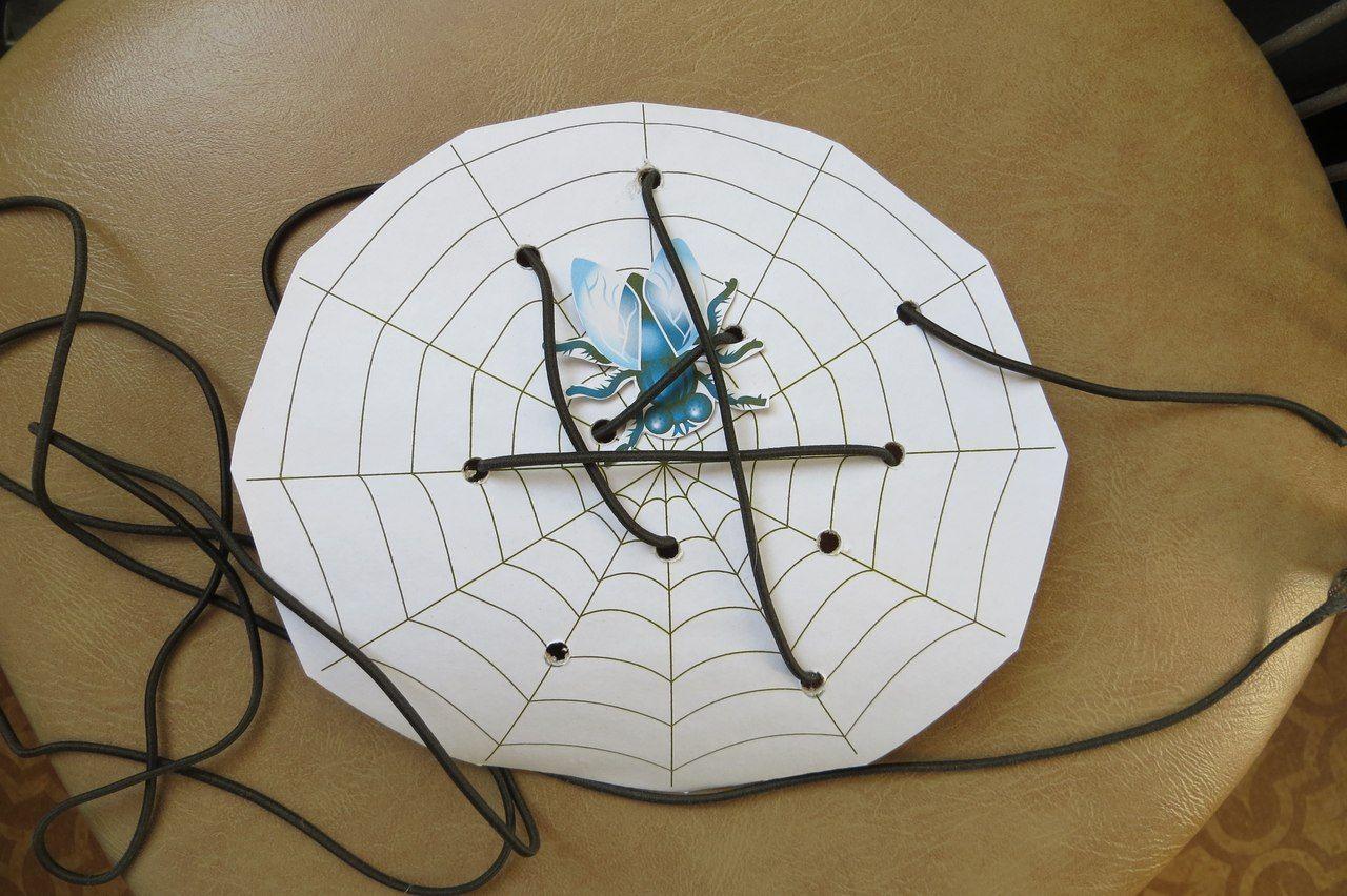 Шнуровка муха в паутине к сказке Муха-Цокотуха http://vk.com/id7901942