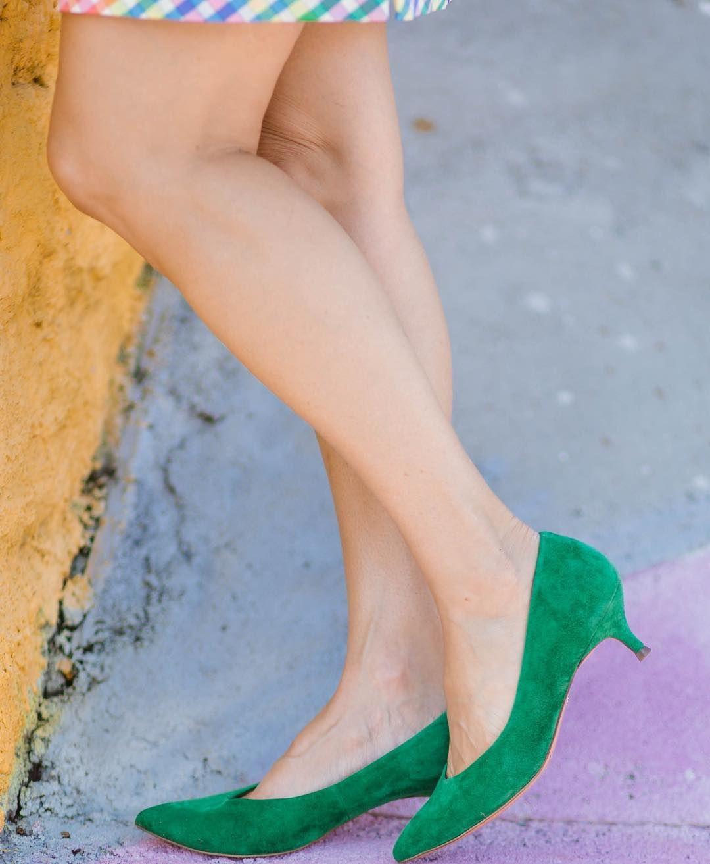 It S Easy Being Green In The Vionic Josie Kitten Heel 1000s Of Comfortable Women S Shoes Reviewed Comfort Shoes Women Comfortable Dress Shoes Dress Shoe Bag