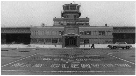Glenview Naval Base In Glenview Il Lived Here From 1964 To 1967 I Though Everyone Lived On A Naval Base Chicago Illinois Hometown Glenview