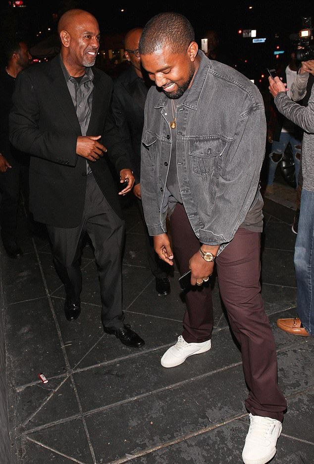 Kanye West Adidas Powerphase Sneaker Bday Party 2 Jpg 634 934 Pixels Kanye West Outfits Kanye Fashion Kanye West Style