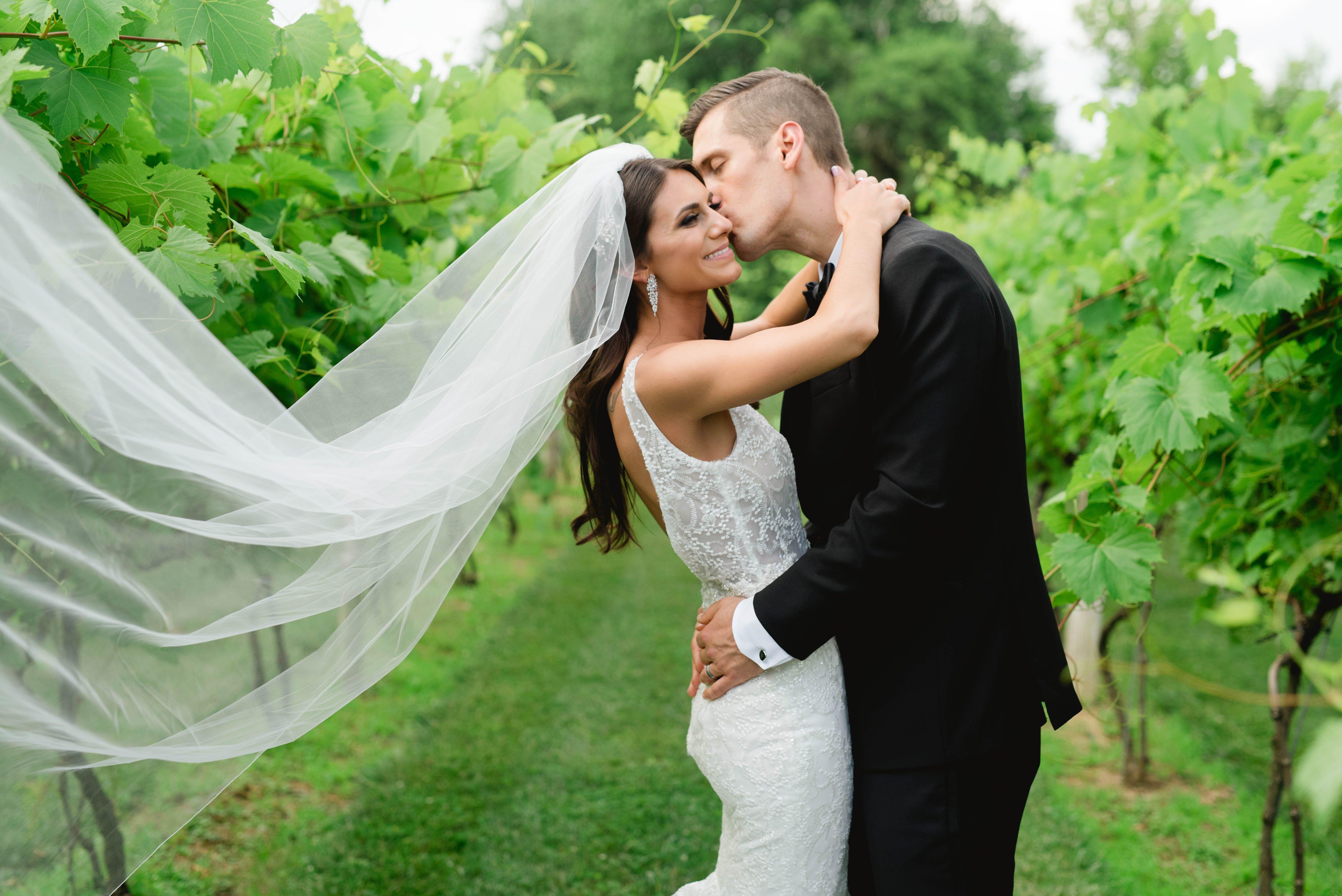 Elegant Summer Wedding At Gervasi Vineyard Canton Oh Niki Marie Photography In 2020 Wedding Inspiration Summer Enzoani Wedding Dresses Vineyard Wedding