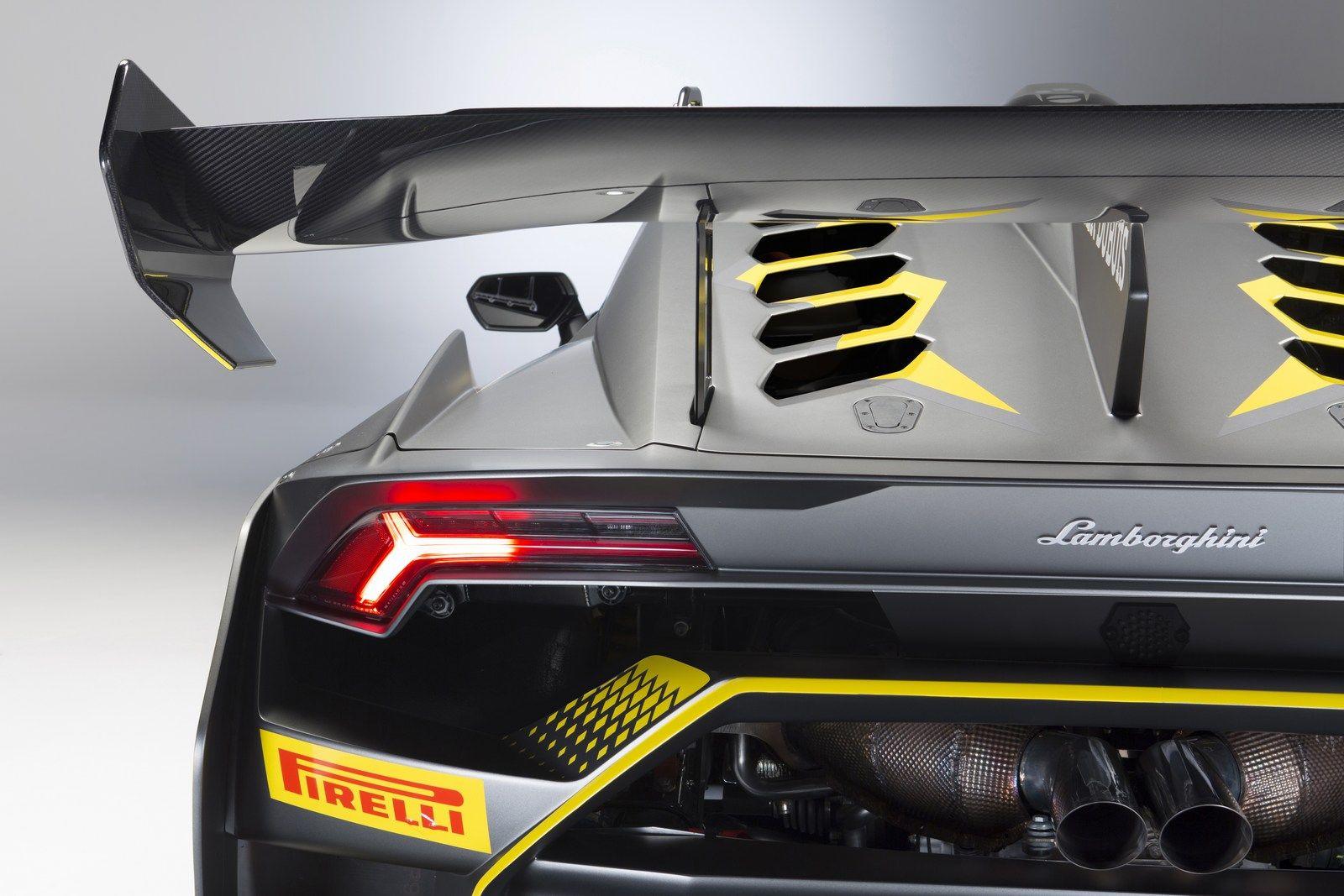 Lamborghini Huracan Super Trofeo Evo Unveiled With Improved Aerodynamics Carscoops Lamborghini Huracan Lamborghini Cool Sports Cars
