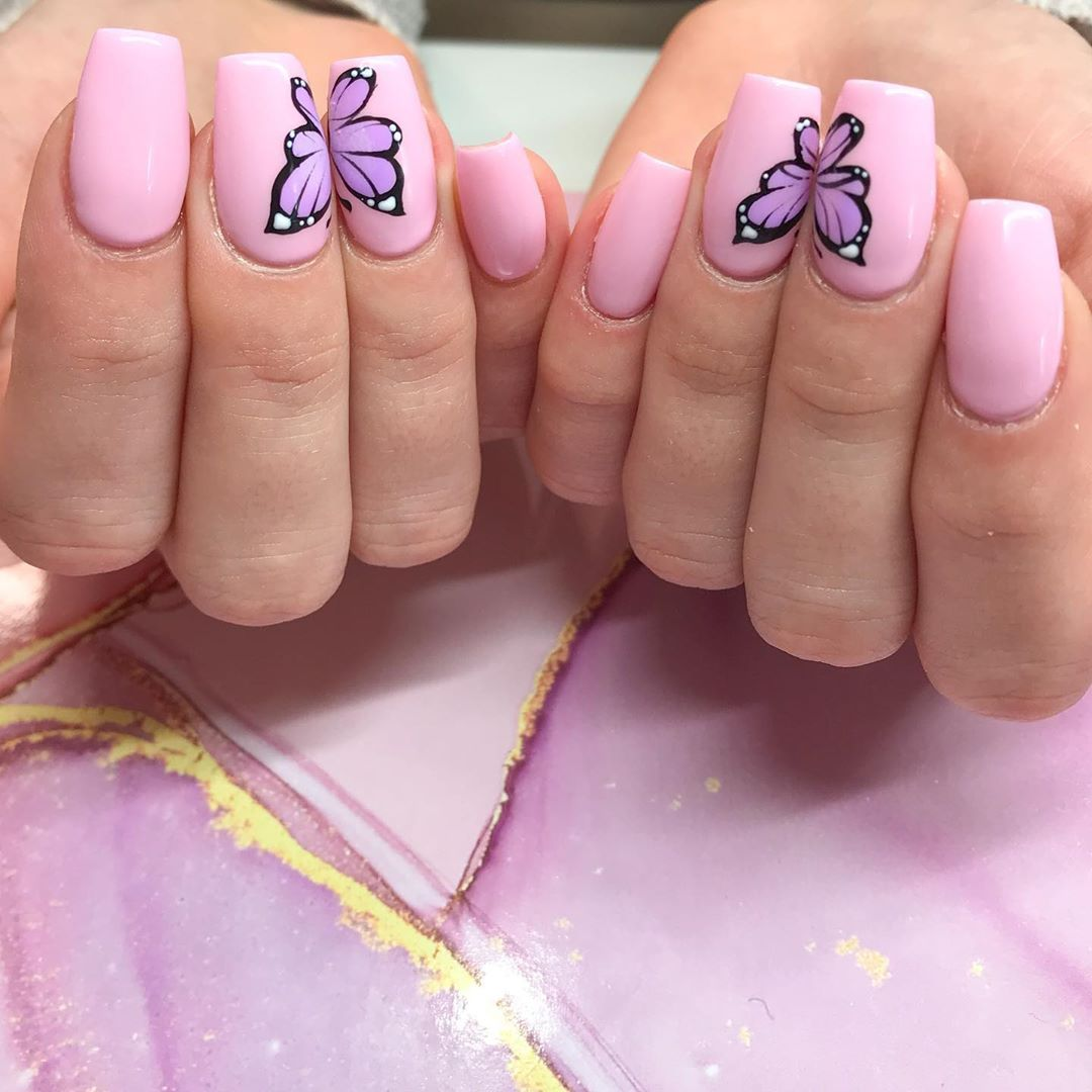 Short Pastel Pink Coffin Acrylic Butterfly Nails Butterfly Pinknails Acrylicnails Nailart Aest In 2020 Short Pink Nails Butterfly Nail Pink Acrylic Nails